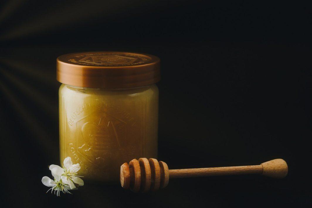Honig Melasse