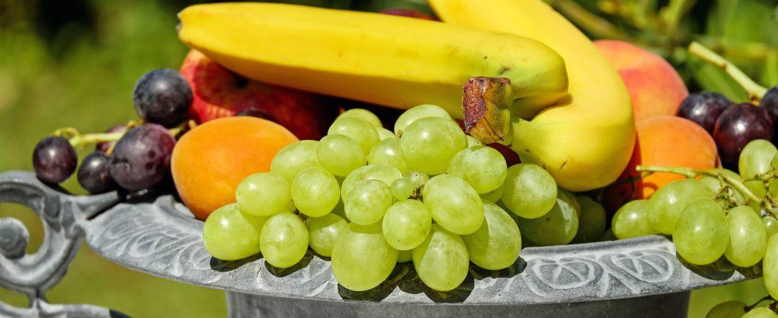 Deko Obst in der Schale