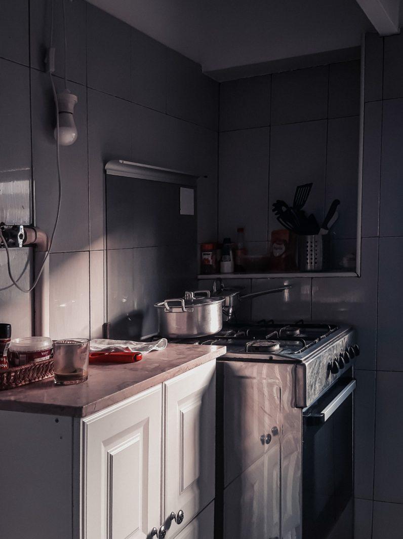 Dampfentsafter elektrisch in einer Küche